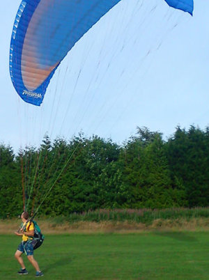 how to launch a paramotor reverse kiting technique