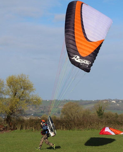 how to launch a paramotor tips