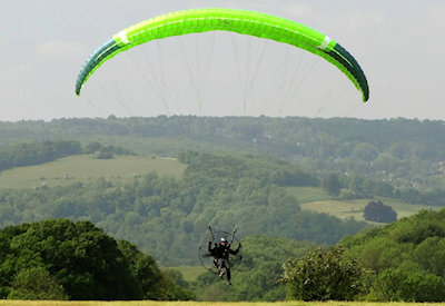 Paragliding VS Paramotoring safety: Which one poses less