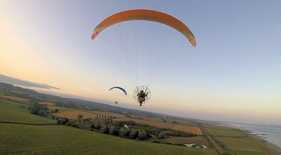 Skybean paramotor chase cam