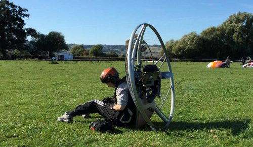 how to fly a paramotor clipping in